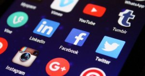 how many social media platforms are there